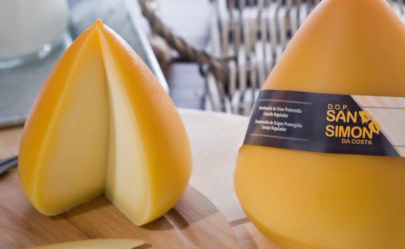 Queso San Simon da Costa queso típico de Lugo