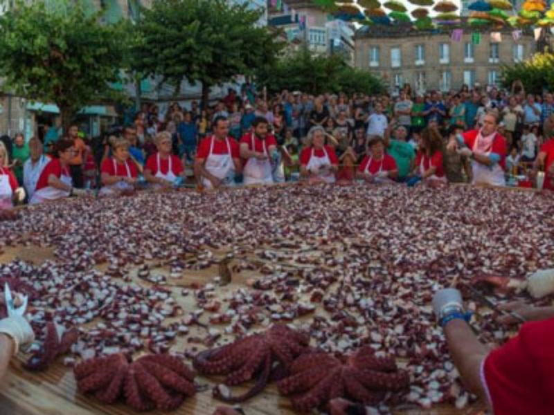 Fiesta del pulpo a la gallega de O Carballiño