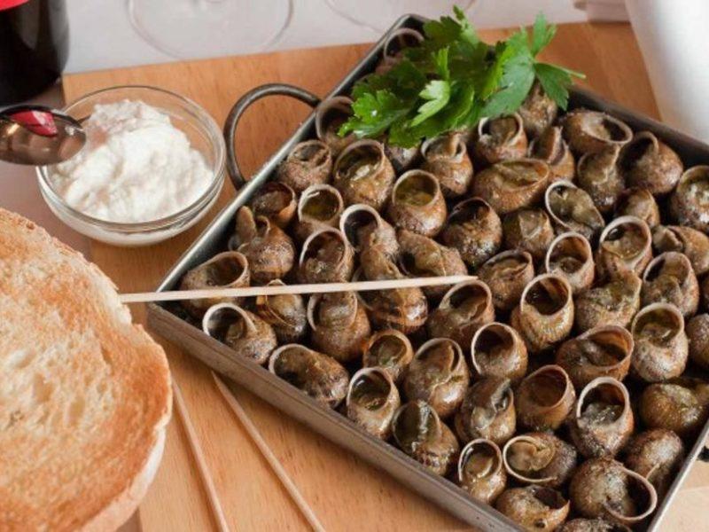 Caracoles a la llauna plato típico de Lleida