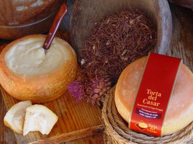 Torta del Casar producto típico de Cáceres